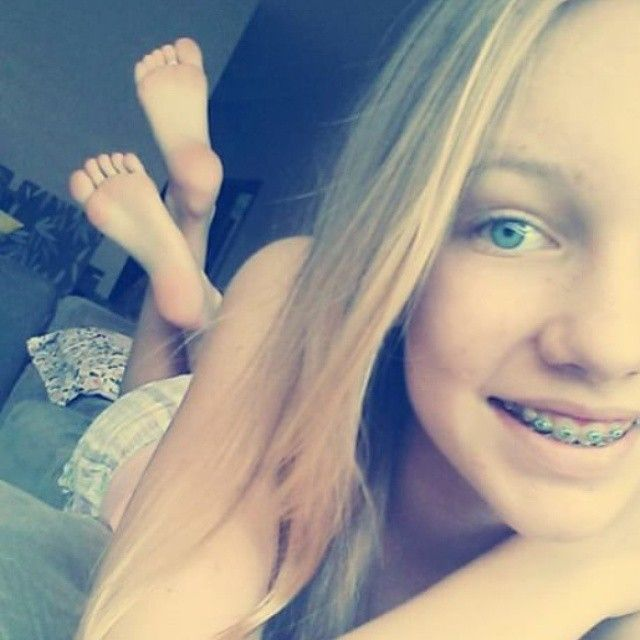 Amateur teen feet webcam liza and glen 5