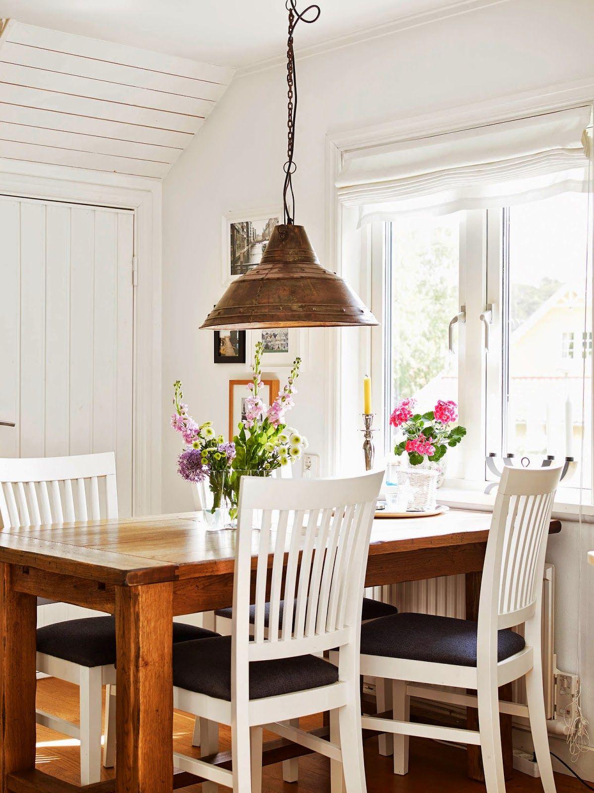 Nice dining space.
