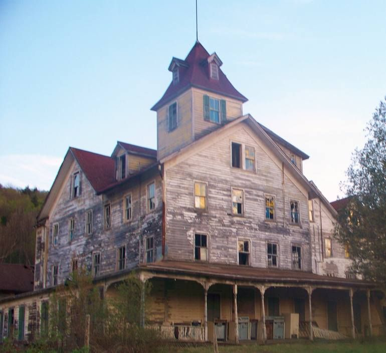 Haunted House Nyc Youtube: Old Abandoned Building In Upstate New York. Photograph By