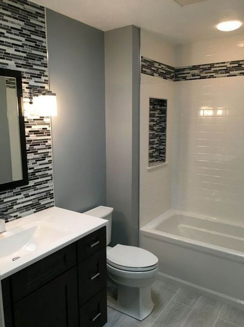 Cool And Contemporary Small Bathroom Design Ideas Without Bathtub Only In Popi Home Design Ba Small Bathroom Remodel Bathroom Remodel Designs Stylish Bathroom
