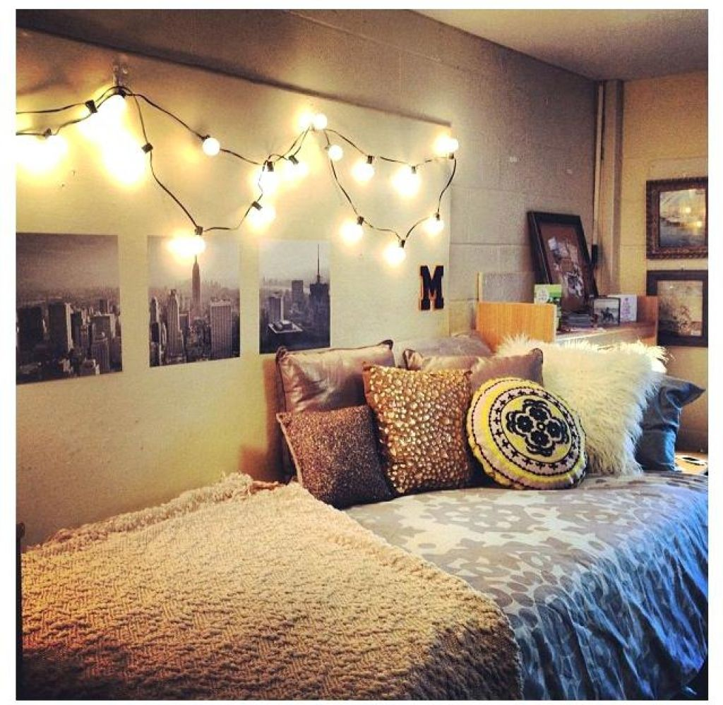 Best House Decorations College House Decor College Room