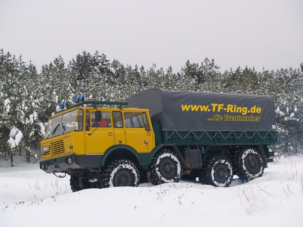 Tatra 813 8x8 kolos en el offroadpark de branderburgo alemania