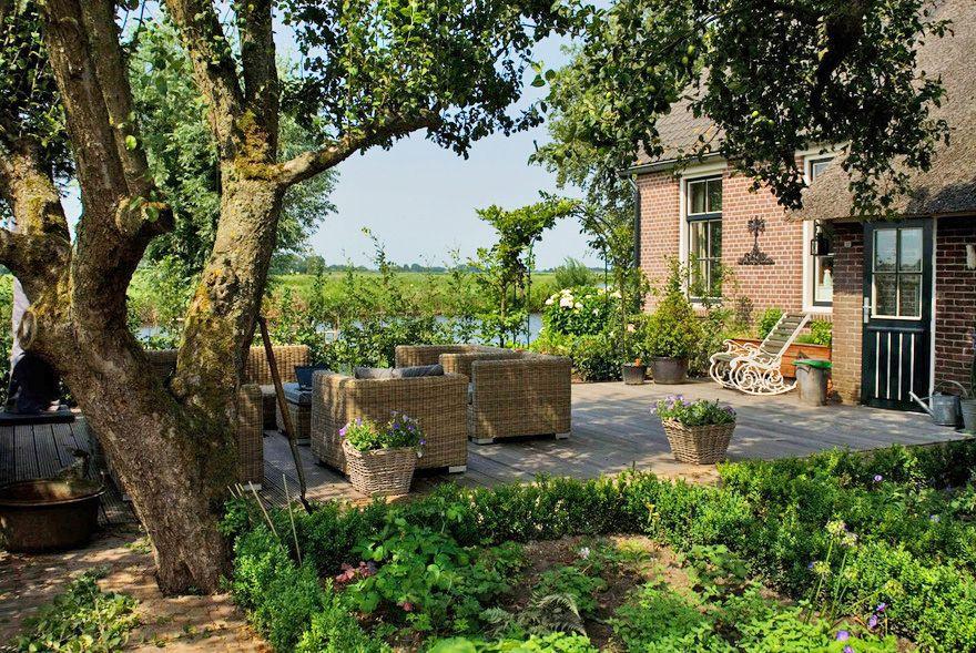 Boerderijtuin in natuurgebied groen pinterest farming and gardens
