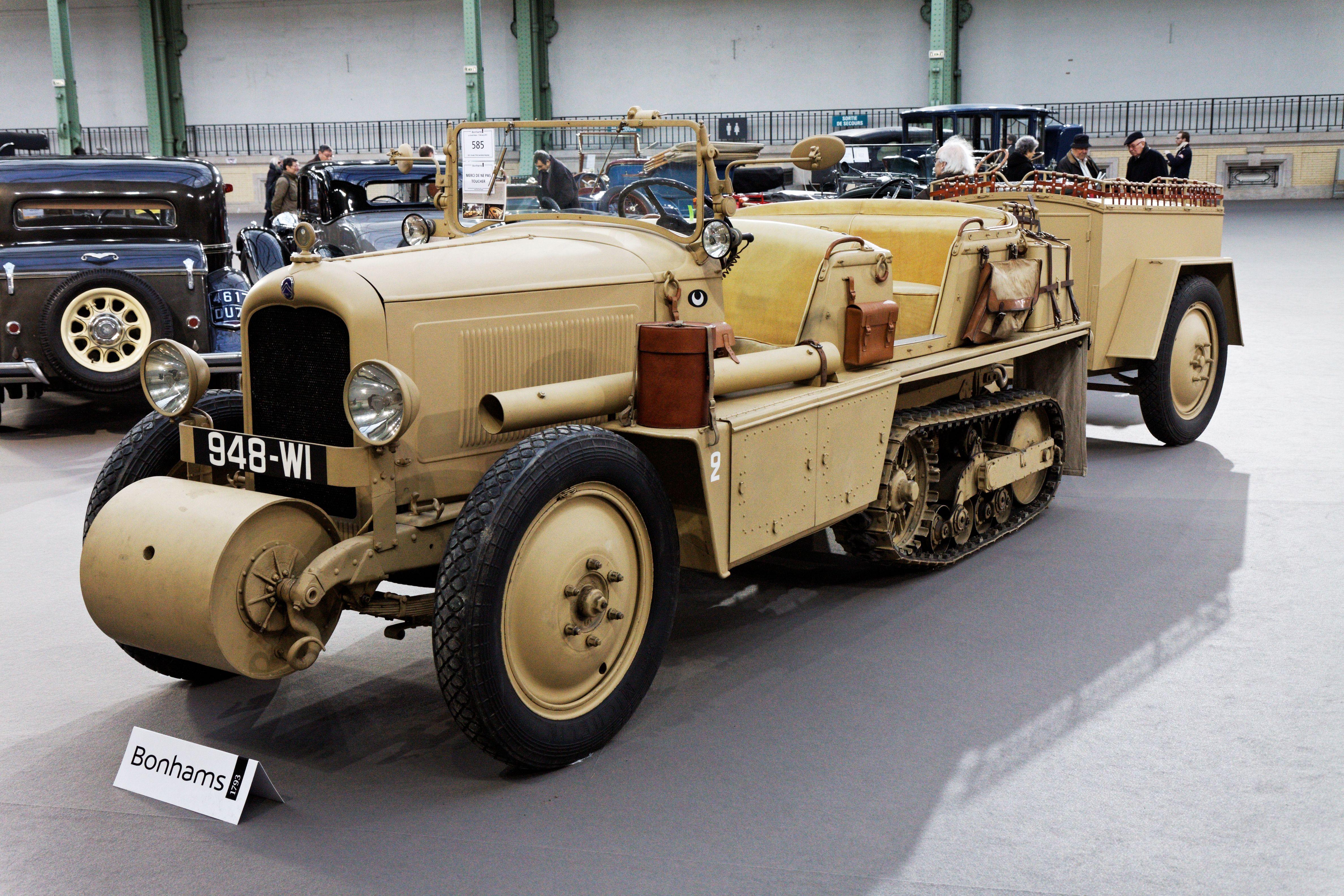 Paris_-_Bonhams_2013_-_Citroën_P19B_chenillette_Kégresse_-_1931_-_004.jpg…