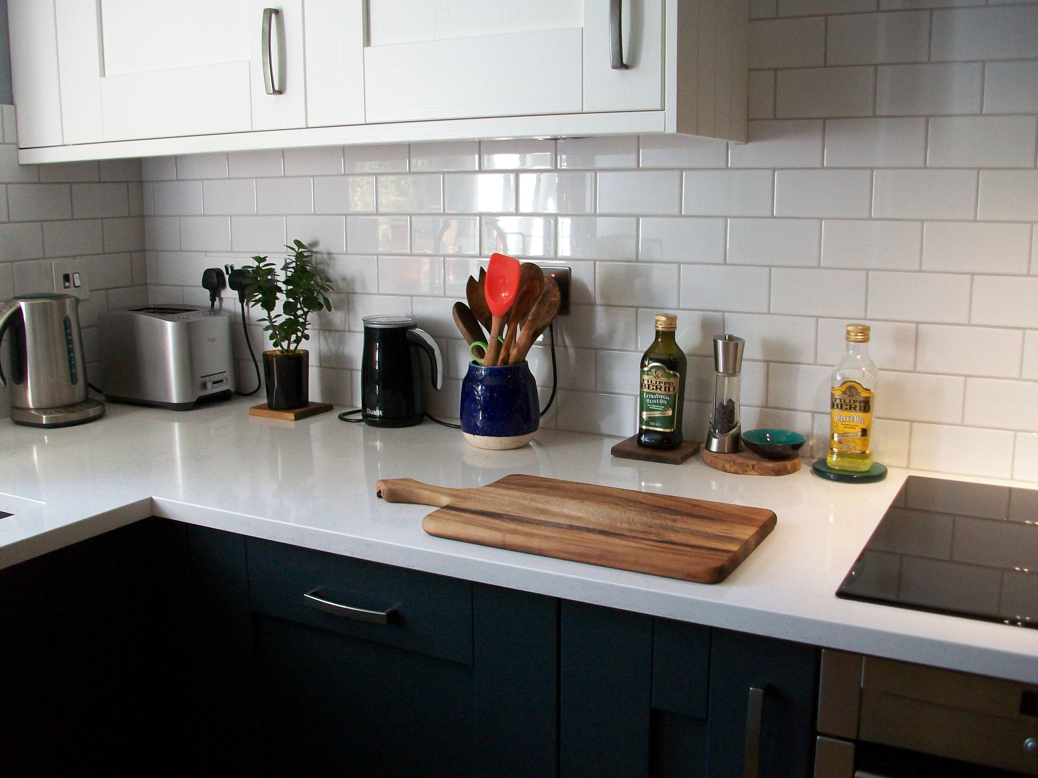 backsplash ideas and grey kitchen quartz rushmore countertops beachy trends light timberlake granite appealing l avaz linen fascinating tiles white
