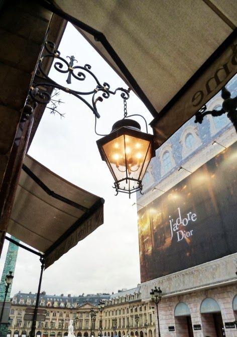 J'adore Dior, Place Vendôme, Paris.