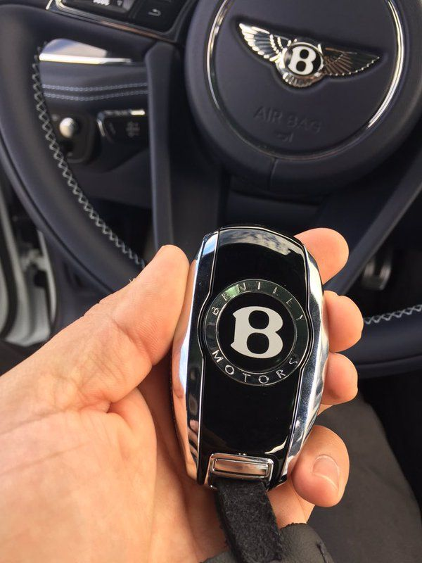 Bentley Bentayga Remote Key Fob Life Cars Luxury Cars Cars