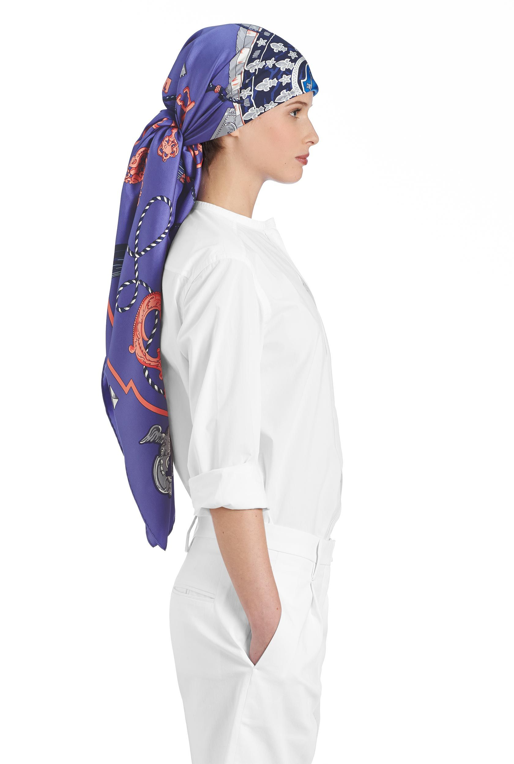 84814dba2f0 Les Cles Hermes silk twill giant scarf
