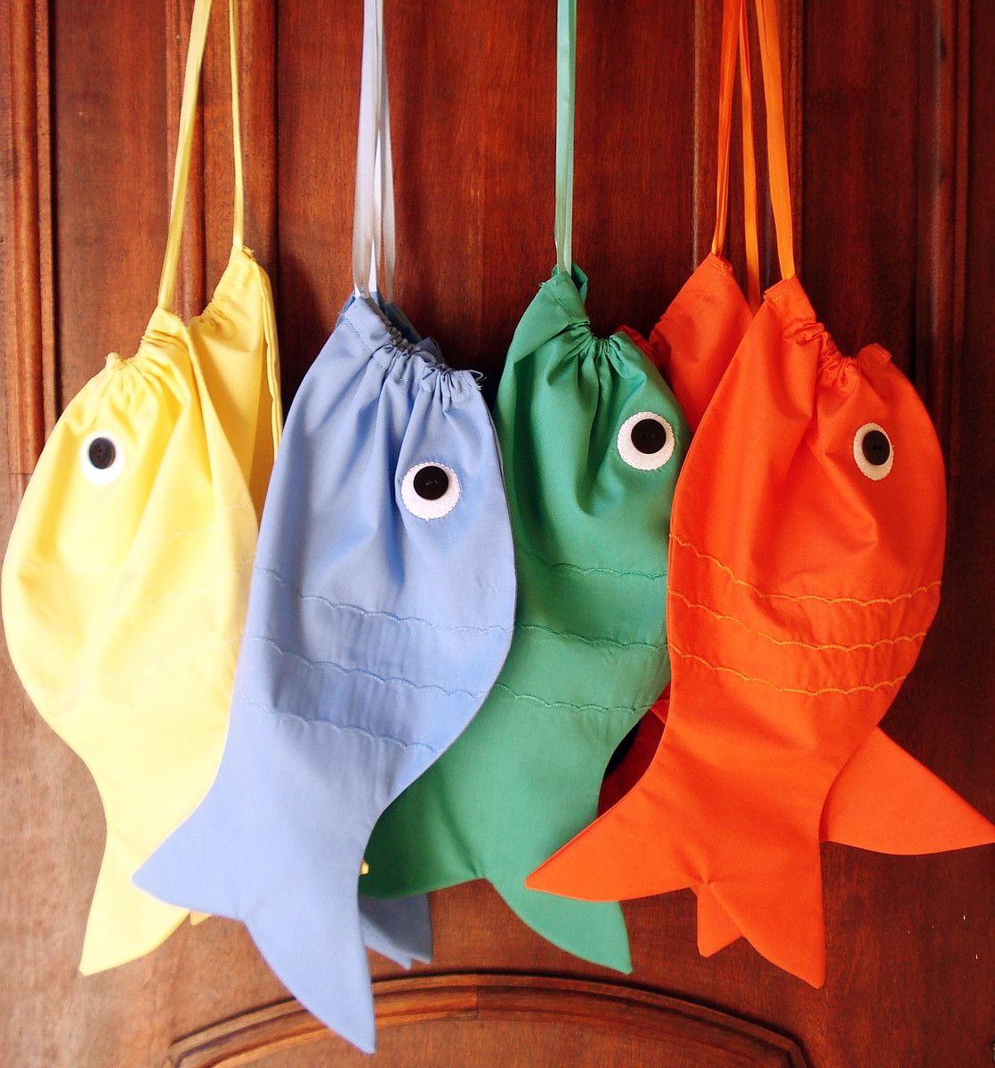 Sacola/saquinho em tecido tricoline em formato de peixe. ideal para ...