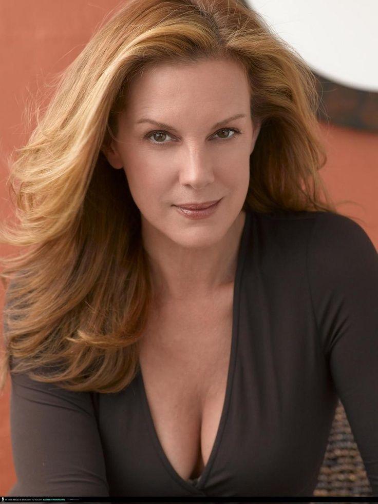 Elizabeth Perkins Nude Photos 40