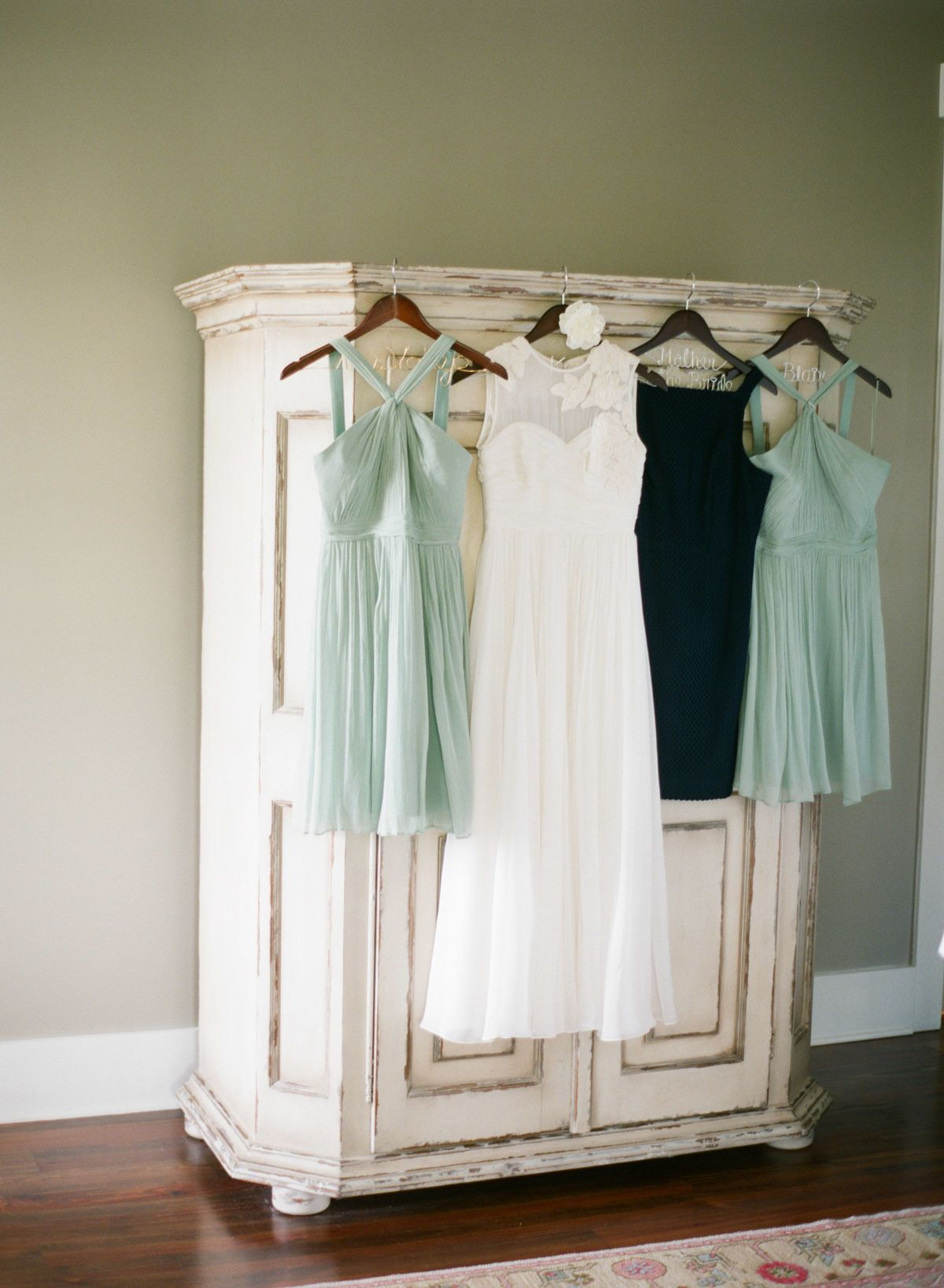 Bridesmaids Dresses | Wedding Colors: seafoam green, navy, aquamarine, and ivory | Featured in SMP's Fashion E*Mag | Photography: Lauren Kinsey Fine Art Wedding Photography