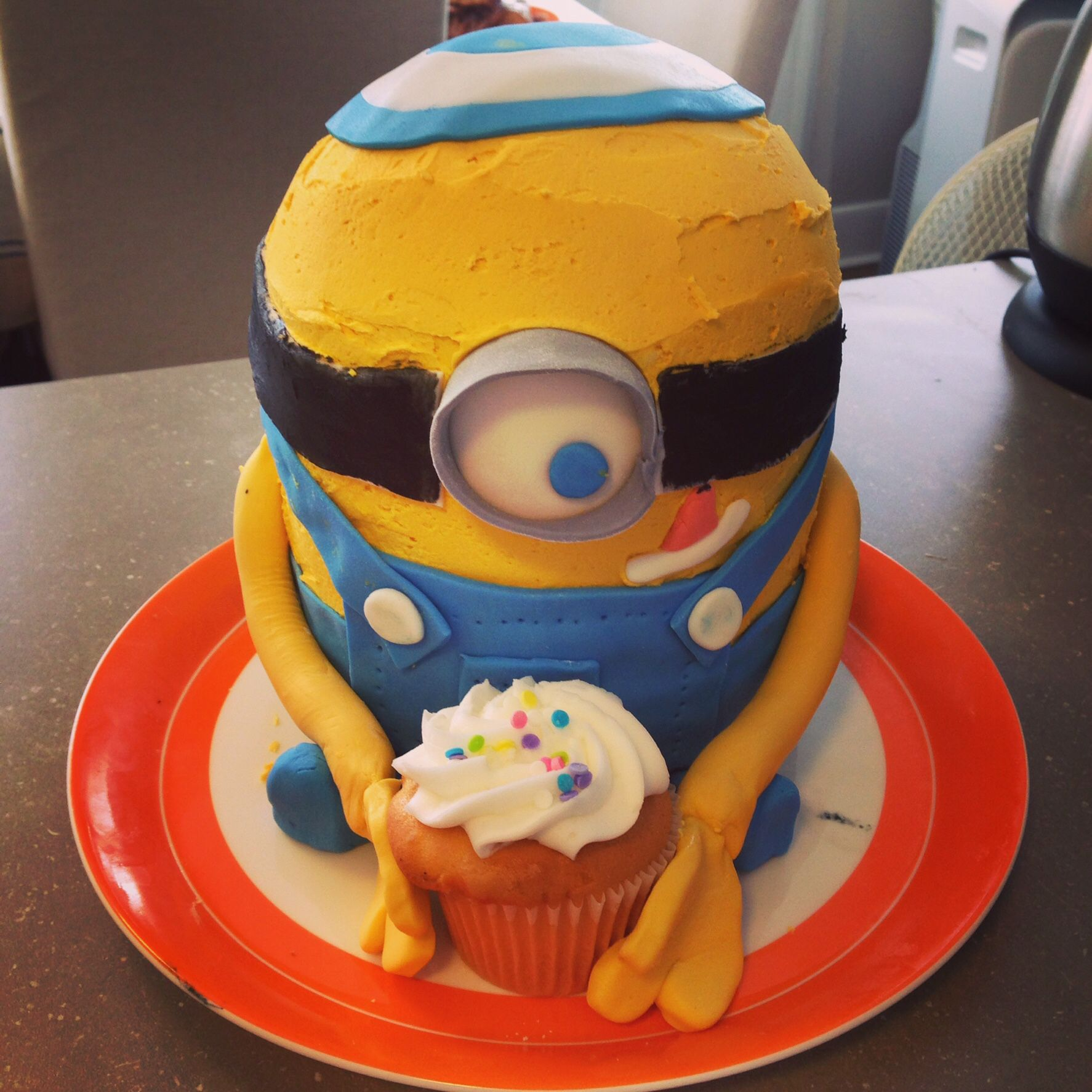 A successful Minion who goes to Minyan birthday cake recipes
