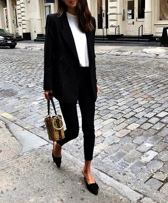 oversized blazer learn how to wear this hit  rg own  by L  trend alert oversized blazer learn how to wear this hit  rg own  by L  alert oversized blazer learn how to wear...