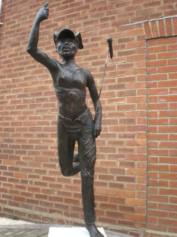 brick garden sculptures bronze resin available in foundry bron garden or yard outside