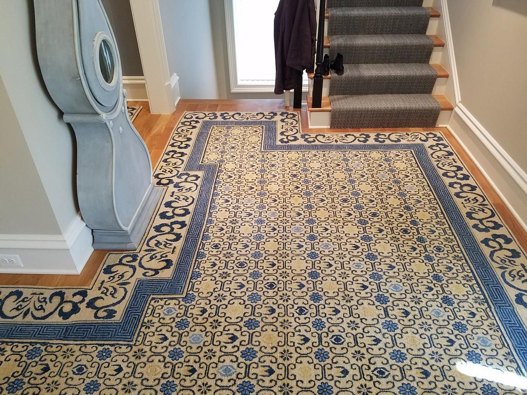 This Shaped Hand Knotted Foyer Rug Has Over 1 Million Hand Tied Knotts Purchased From Galleria International Ltd In Washington Dc Handcrafted Rugs Foyer Rug