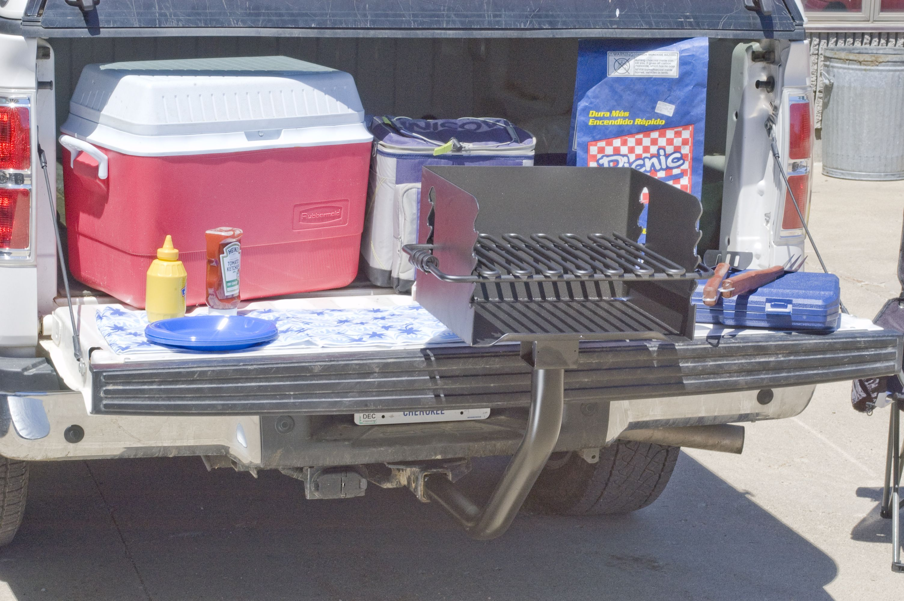 Tailgate Grill Mount Attach to your hitch to grill & go