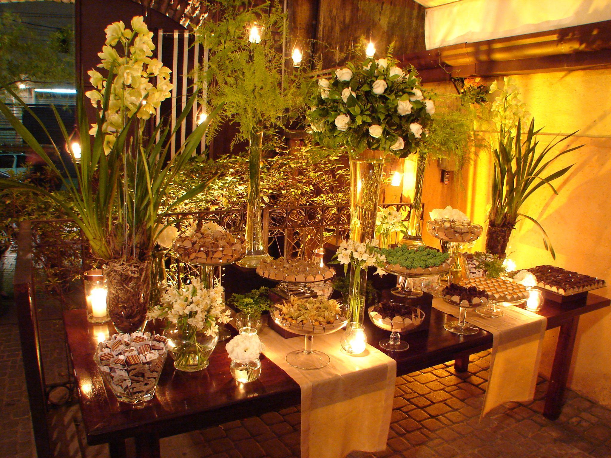 Mesa de doces Casamentos Mini Wedding  Decoração de Festas