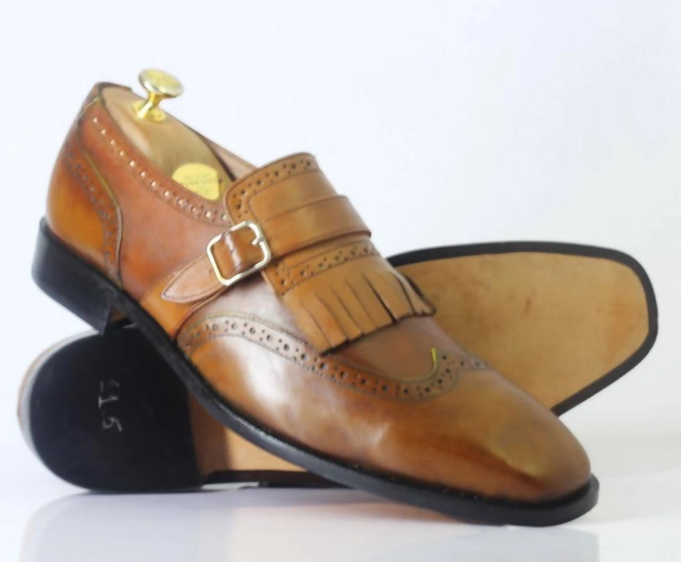 #men #handmade #leatherandsuedeshoes #monkstrapandfringes #handmadeshoes #bespoke #wingtipshoes #designershoesforless #fashionshoes #fringeshoes #shoesaddict — everythingeshop