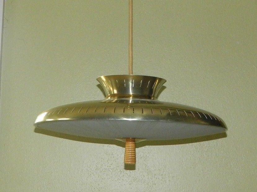 Moe Light Mid Century Modern Flying Saucer Pully Atomic Starburst Mcm Pull Down Ebay 250 Light Mid Century I Love Lamp