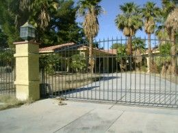 La Palazza Mansion  When you hear the words Las Vegas, you can't help but think of endless fun and excitement. Sin City is a favorite for va...