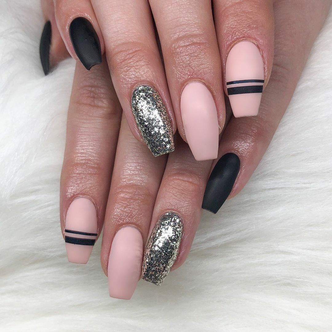 235 Likes, 3 Comments - Nails Of IG (@clawaddicts) on