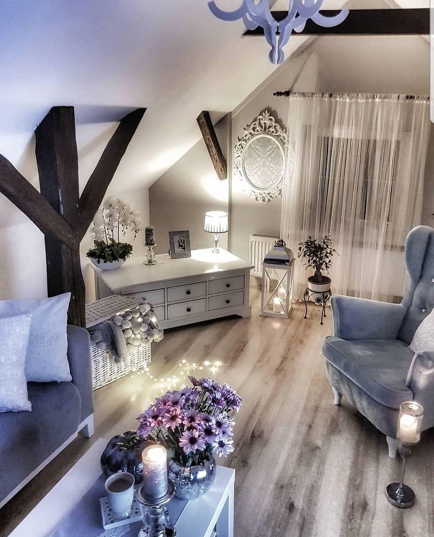 Lovely Lavender Living Room in 2020   Lavender living ...