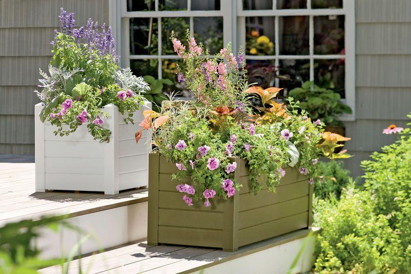 Self Watering Terrazza Trough Planters Gardener S Supply