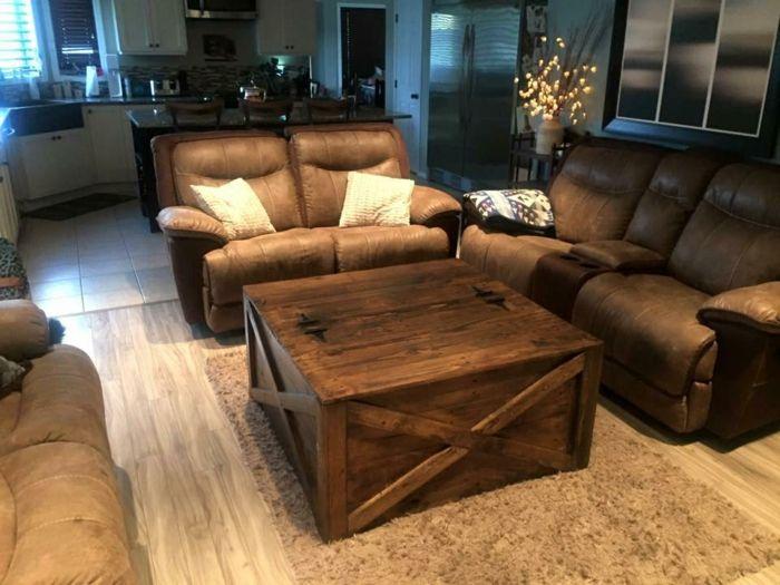 tolles design - europalette tisch - braune sofas daneben Pallets - wohnzimmer ideen braune couch