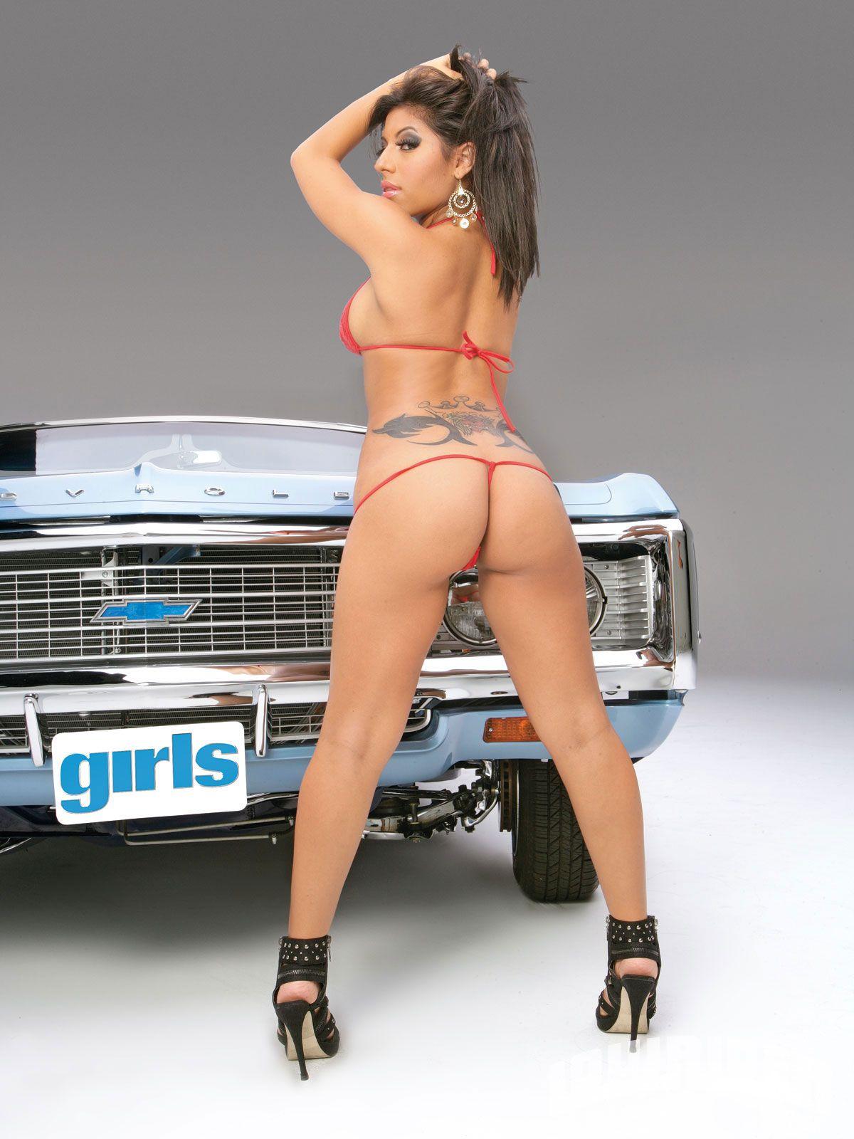 Think, Hot lowrider girls on bikes