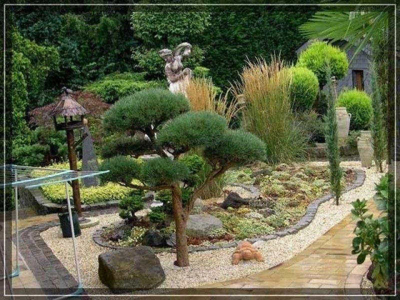 Beet Aus Steinen Und Rindenmulch Gartengestaltung Garten