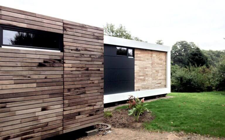Zwei Zimmer Kuche Bad Die Wagenschneider Wohne Im Tiny House Container Wohnung Zirkuswagen