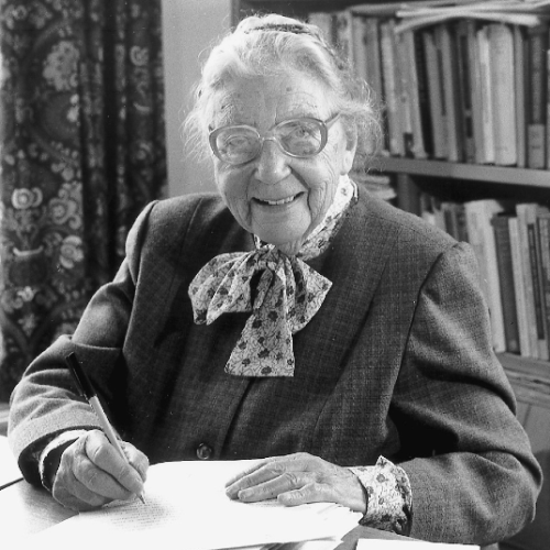 Dr. Elsie Widdowson (1906–2000) was a pioneer of nutrition science. She studied chemistry at the Imperial College London, becoming one of the college's first women graduates, then moved to The Middlesex Hospital to gain experience in human biochemistry.