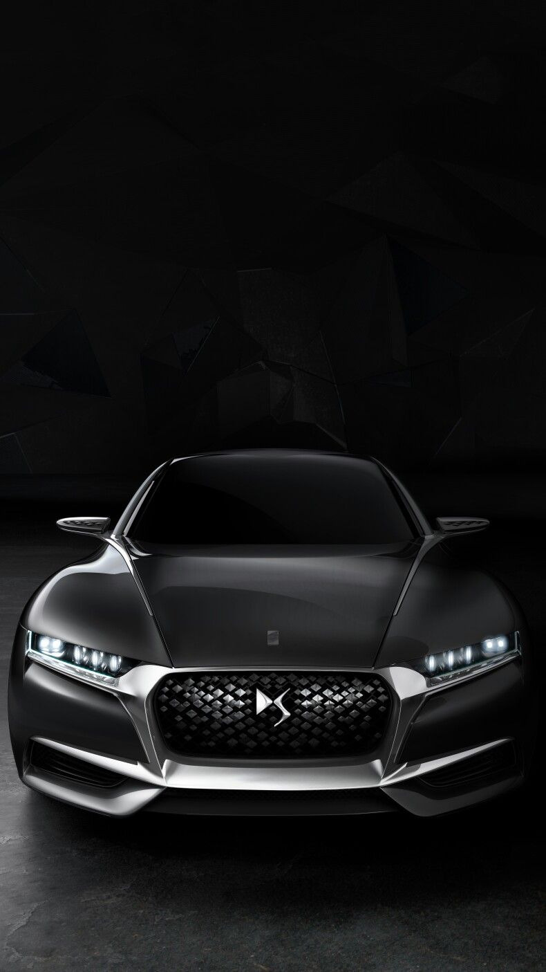Ahead of the public debut at the 2014 paris motor show citro n has unveiled the divine ds concept a show car that aims at expressing the essence and the