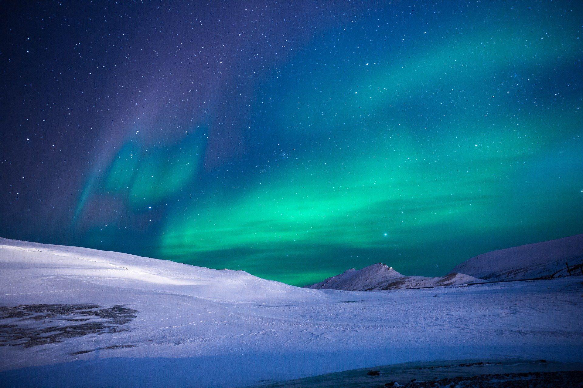 Découvrer De Beaux Paysages De Nuit En Musique Auroras Boreales Viajes En Crucero Paisaje Increibles