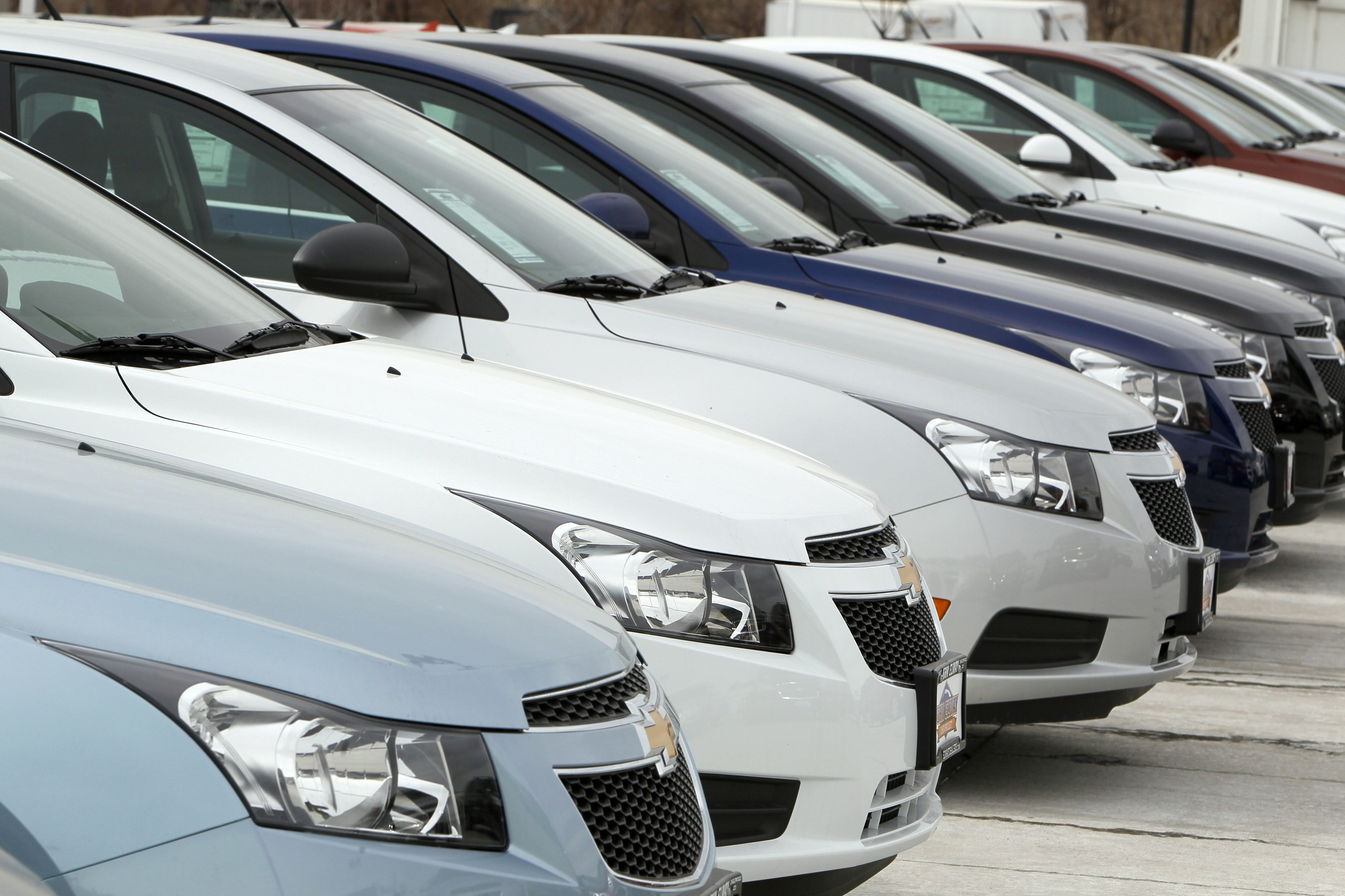 Trump Tweets Gm Should Make Cruze Model In U S Or Pay Tax Used