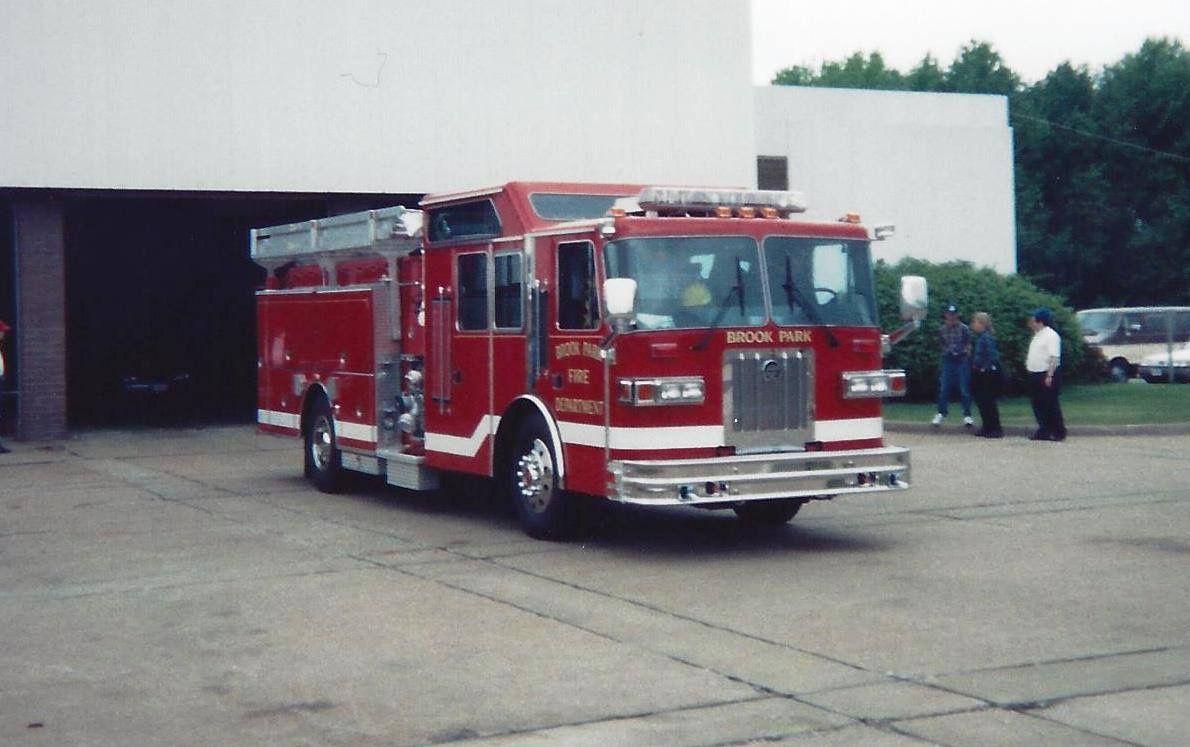 Pin by Bob Riegel on Big Red Trucks Fire trucks, Red
