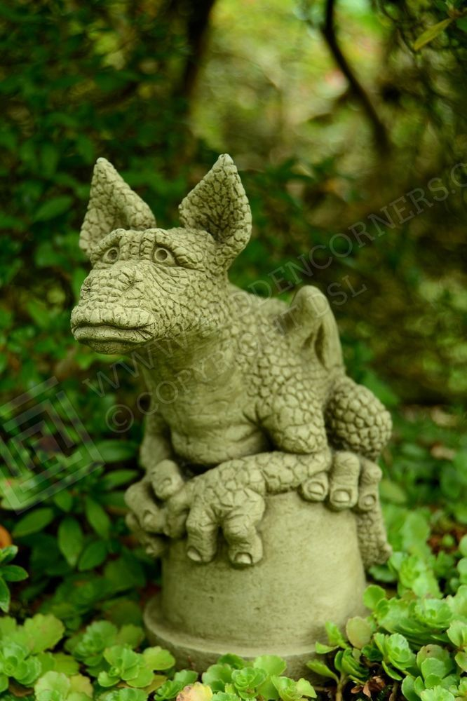 Pin By Hidden Corners On Gifts For Him Dragon Garden 400 x 300