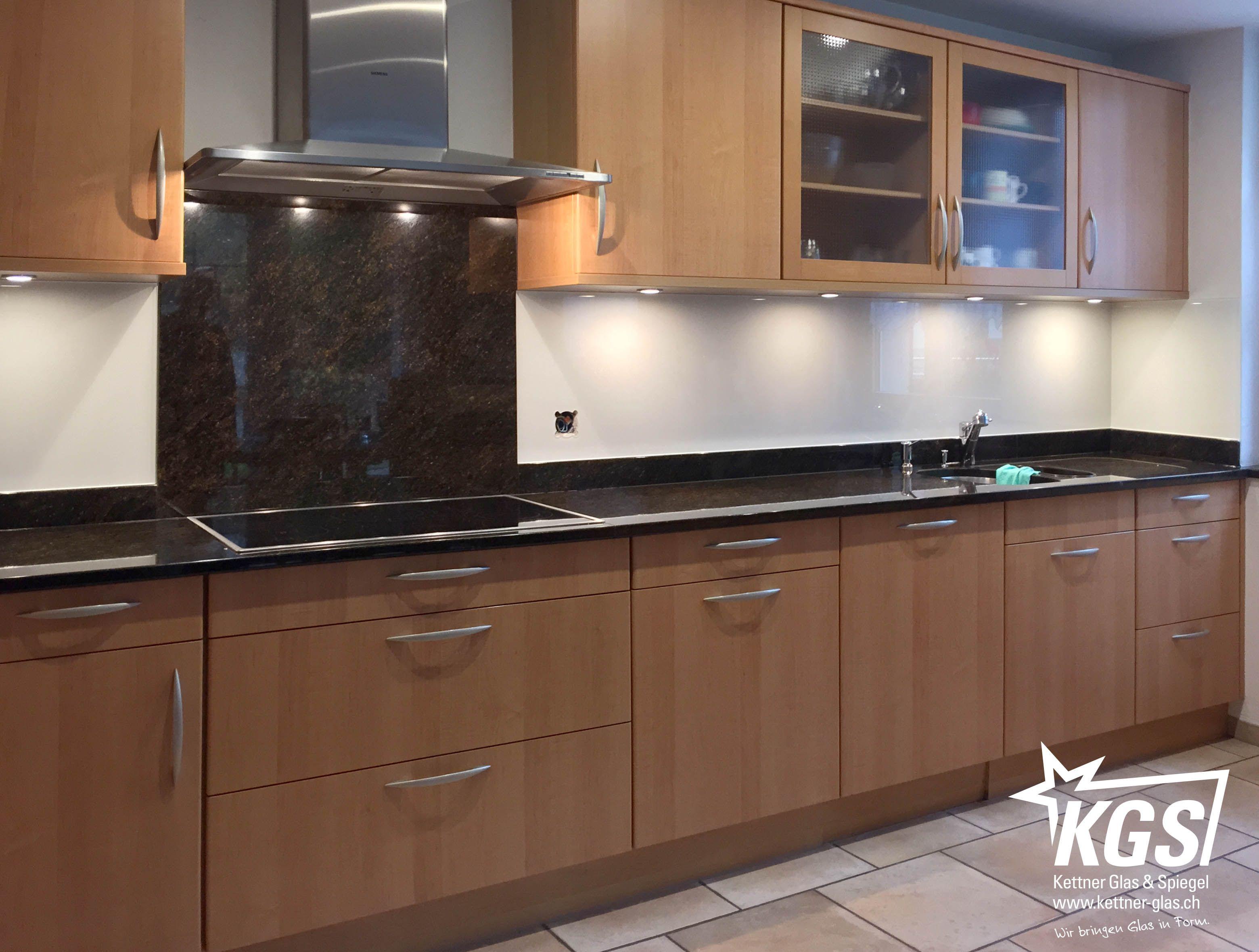 Küchenrückwand Selbstklebend ~ Reparatur eines abwaschbaren küchenrückwand belages durch echtglas