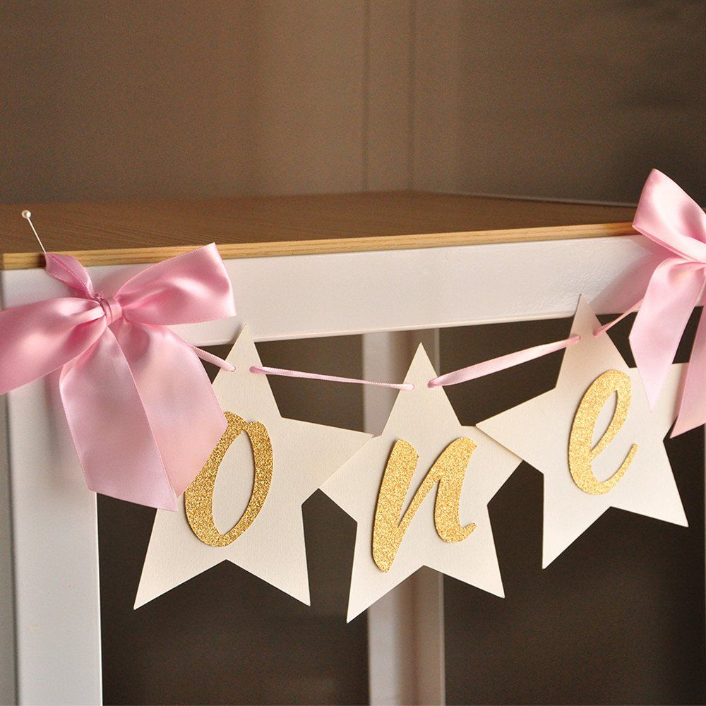 This is the perfect highchair banner! I love the star backing and the pink and gold color scheme! Darling!
