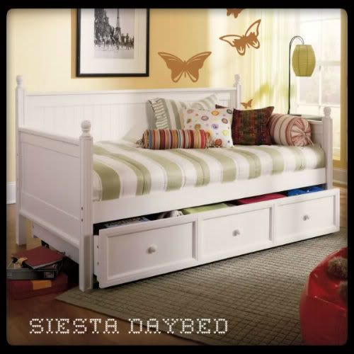 Full Daybed In Nursery