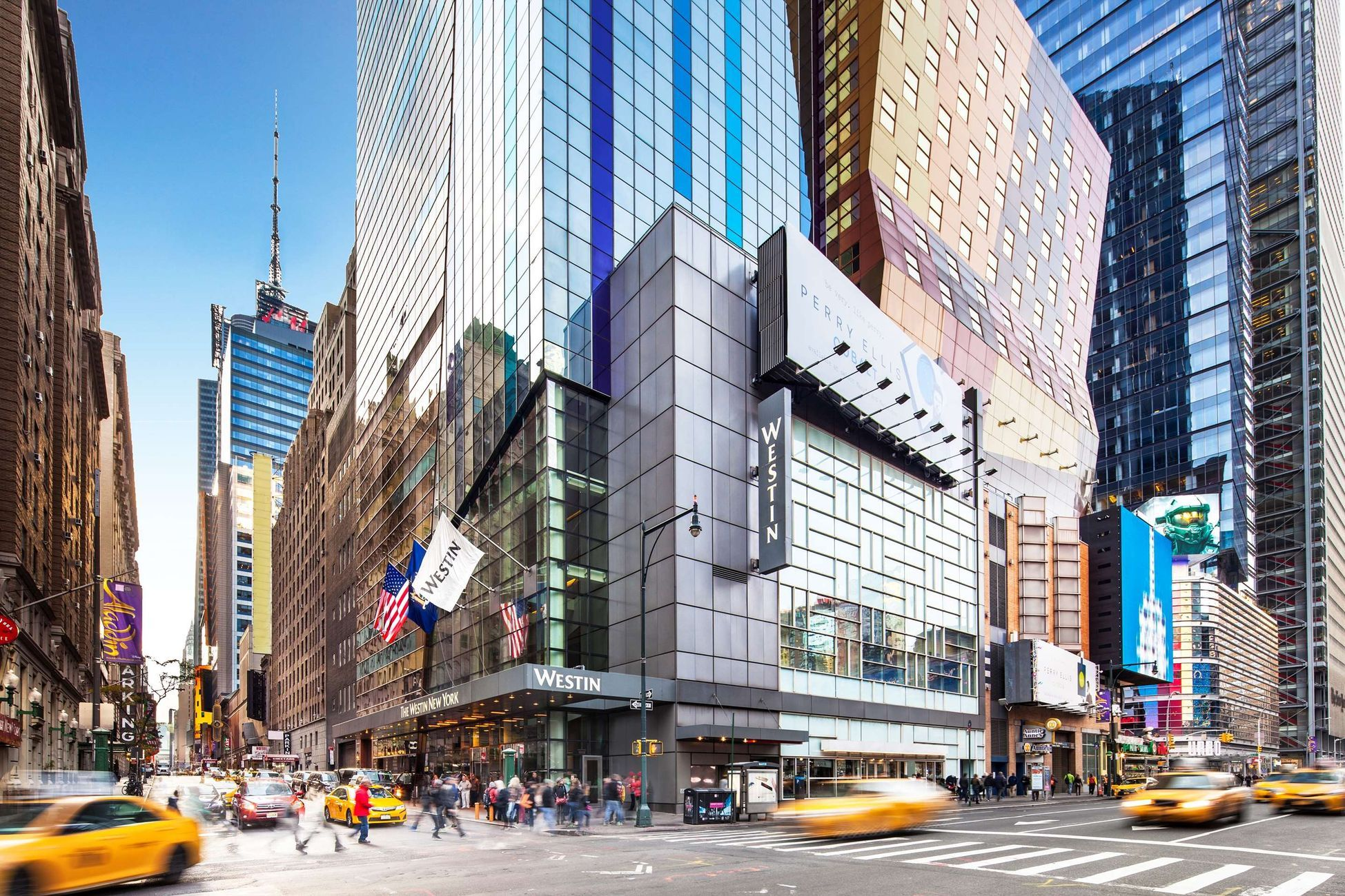 Hotels In New York Near Times Square Save Up To 74 Trivago