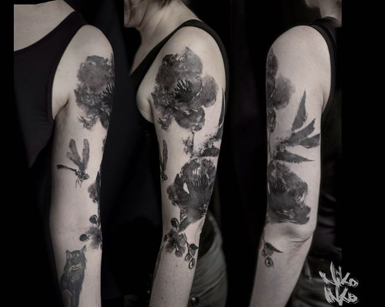 Sumi E Flowers Done At Le Sphinx Tattoo Niko Inko Ink Inked