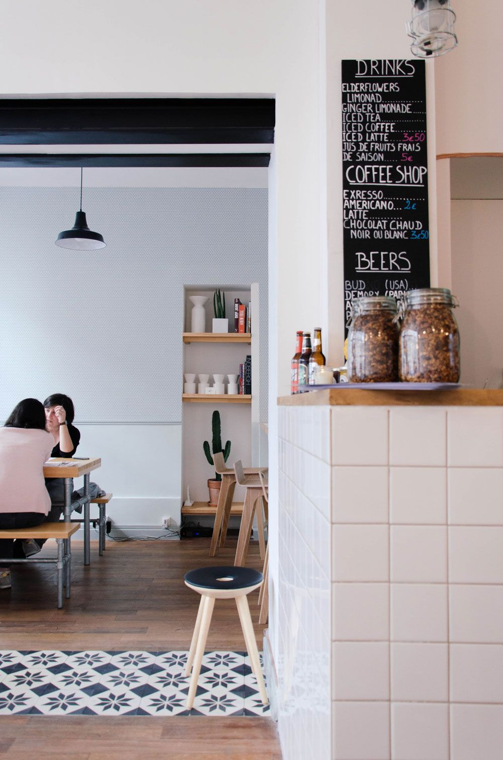 Paperboy Le Blog D Olive Cafe Interior Restaurant Interior Shop Interiors