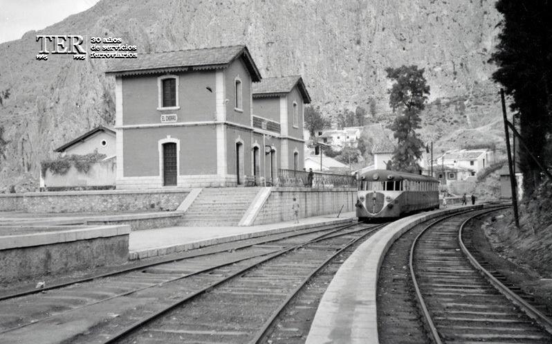 Ver Tema El Chorro Estación De Ferrocarriles Tren Madrid Ciudad