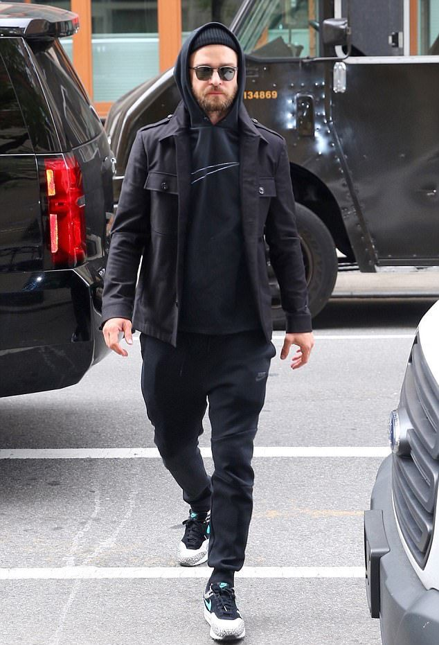 48059287bff Justin Timberlake Steps Out In Nike Hoodie, Sweatpants And Sneakers ...
