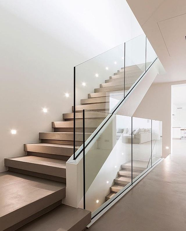 Best Contemporary Glass Staircase 400 x 300