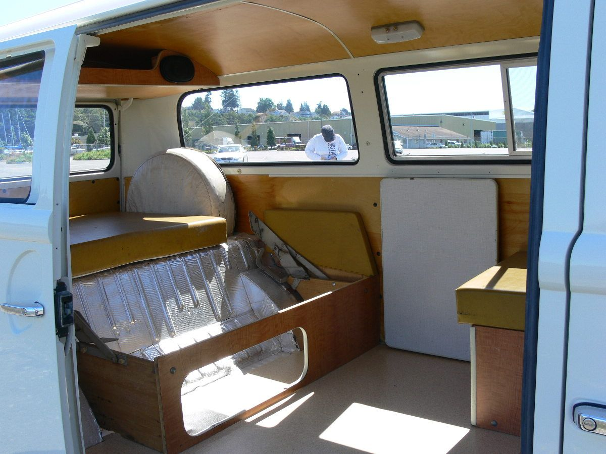Vanlife vw bus interior rockbed vanlife for Interieur combi split