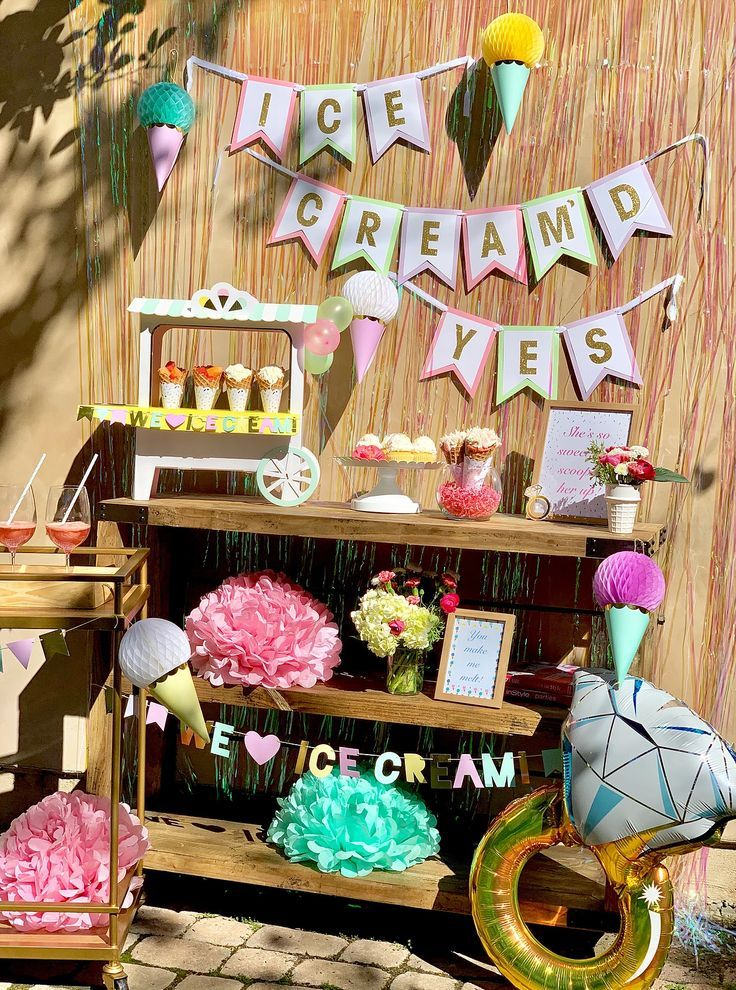 Ice Cream Themed Engagement Party with Party Luxe Box #engagementparty