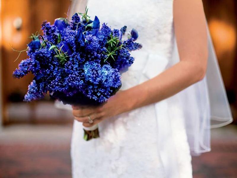 12 Bushes Navy Blue Artificial Silk Baby Breath Flowers In 2020 Lilac Wedding Bouquet Wedding Flower Guide Lilac Bouquet