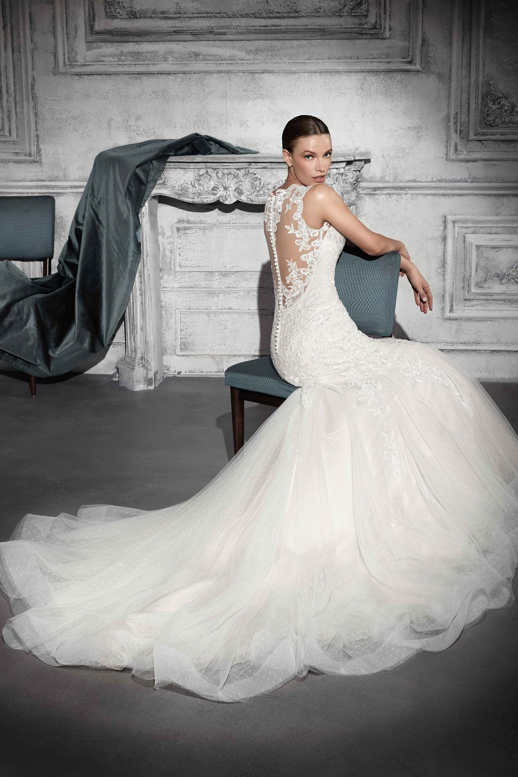 bf9c6eeddd8 Demetrios 2018 Style 742 This Tulle and lace mermaid gown captures ...